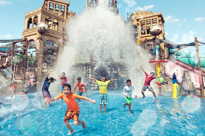 Yas Waterworld Full-Day Ticket with Abu Dhabi City Tour