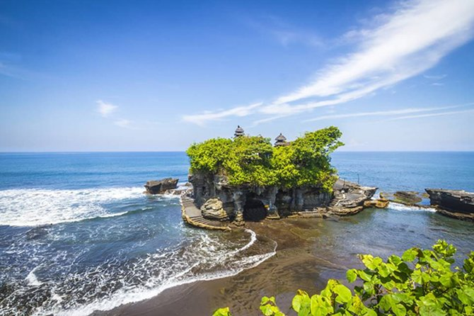 Bali Full Day Car Charter - Ubud and Tanah Lot Temple Tour