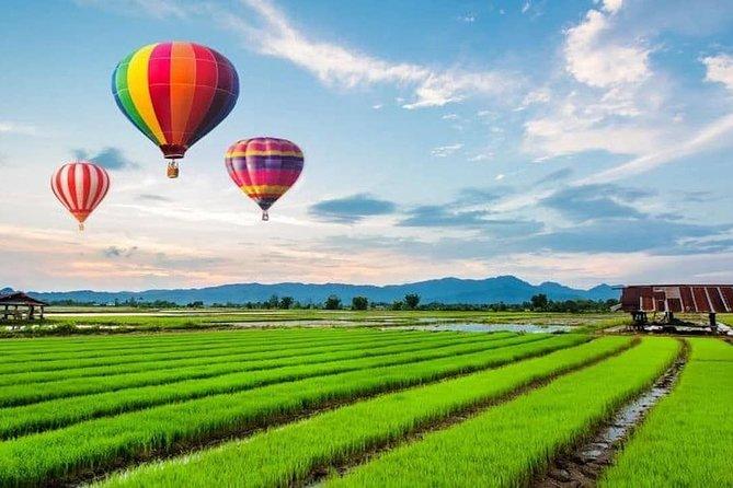 Chiang Rai: Guided Hot Air Balloon Sightseeing Tour