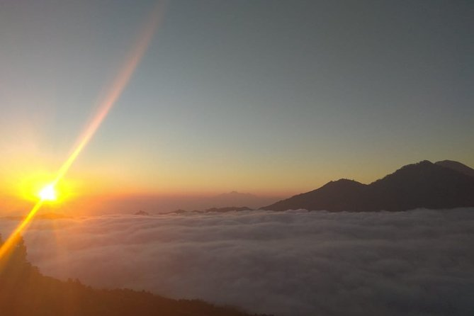 Private Tour: Mount Batur Sunrise Trek with Natural Hot Spring