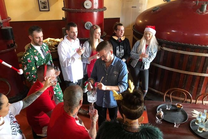 Red White & Brew - Wine, Gin & Beer Tour with Tastings from Adelaide