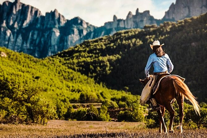 Full-Day Tour of Montserrat Monastery with Horse Riding