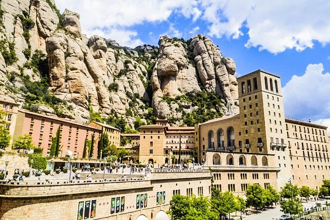 Montserrat Trekking Tour: Visit Monastery and Natural Park