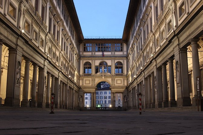 Private Tour of Uffizi Gallery with Pick Up and Skip-the-Line