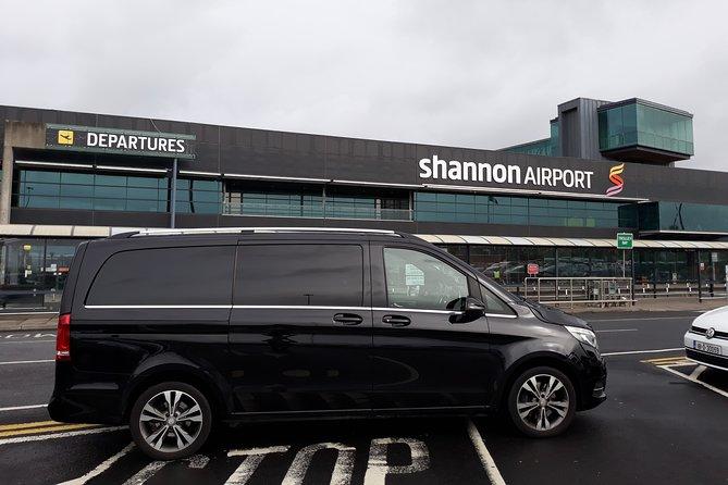 Shannon Airport To Lough Rynn Castle Estate Private Chauffeur Transfer