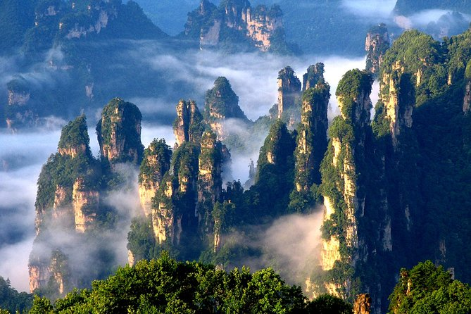 2-Day Zhangjiajie Avatar Mountain Private Tour with Hotel Option from Shanghai
