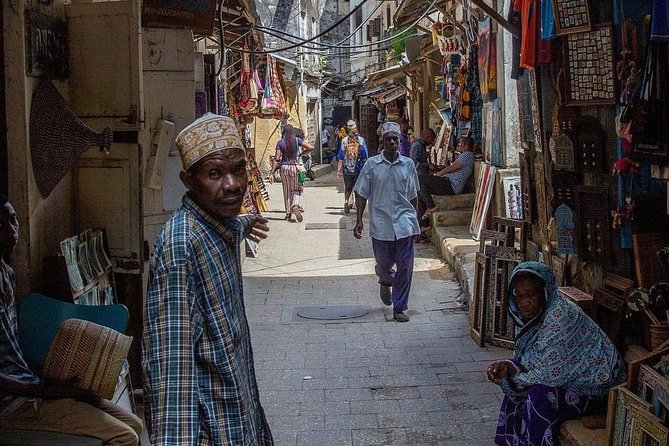 Zanzibar Private Hop-On Hop-Off Sightseeing Tour with Guide