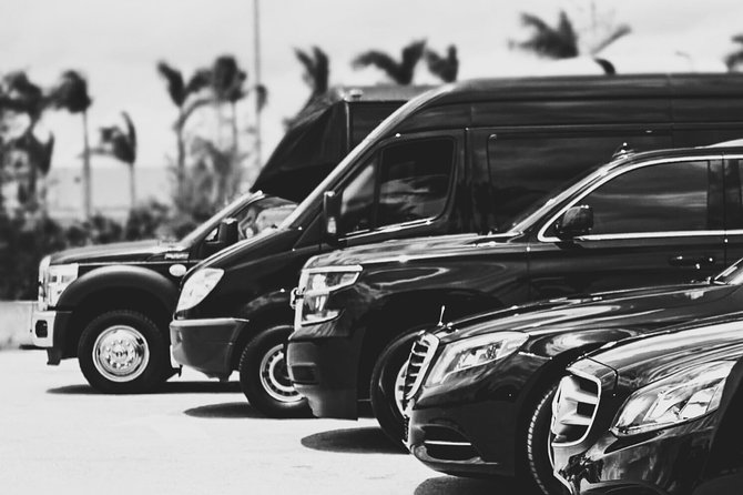 3 Hour Private Chauffeured Transport: 1-11 Guest, Unlimited Mileage, Flat Rate