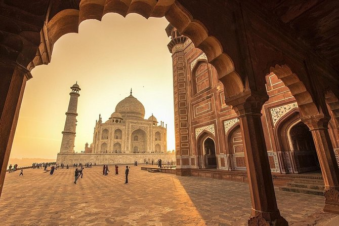 2-Day Private Guided Sightseeing Tour of Agra from Jaipur