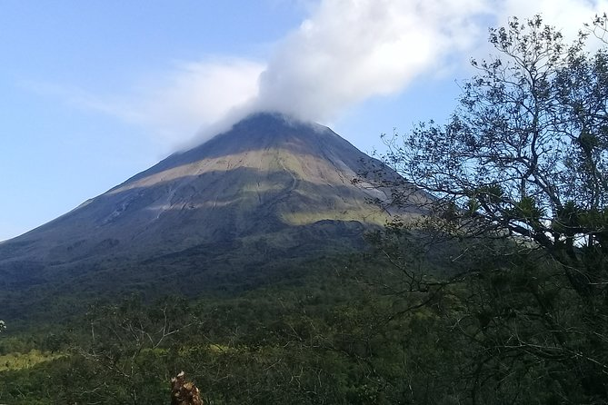 Full day route through the slopes of the Arenal Volcano