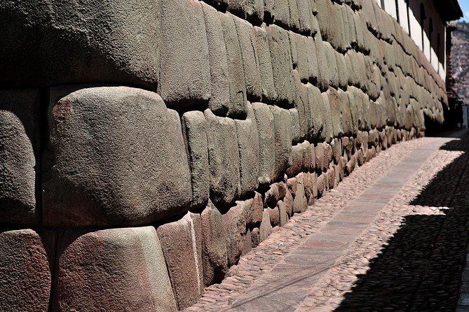 Cusco walking tour admire the andean european syncretism