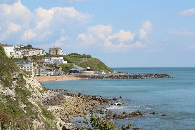 Isle of Wight Full-Day Private Tour from London