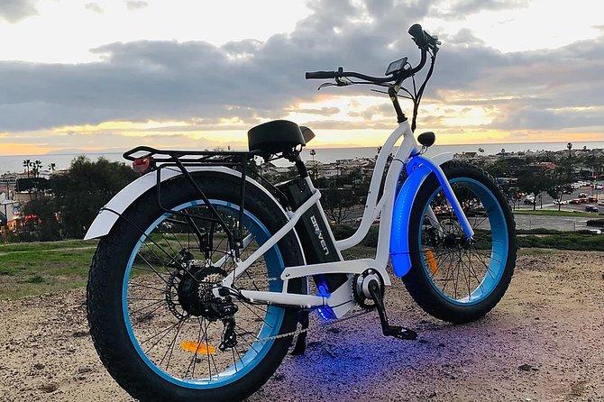 Historic City and Beach E-Bike Tour