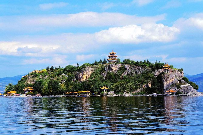 Full-Day Private Tour to Fuxian Lake from Kunming with Lunch