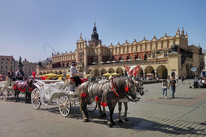 6-Day Krakow and Szczawnica Private Tour with Airport Pickup
