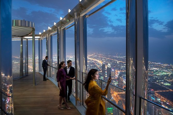 Prime-Hour Entry at the Top at Burj Khalifa with Transfers