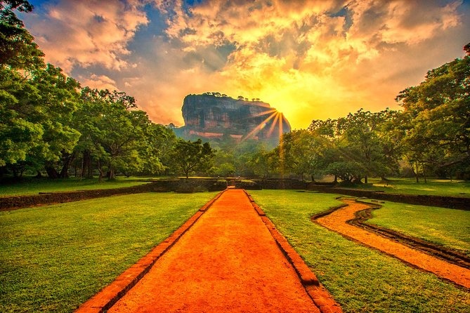 Sigiriya and Dambulla Private Day Tour
