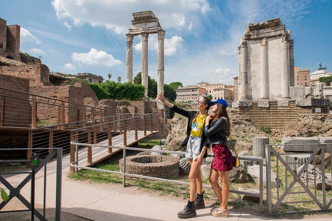Skip the line: Colosseum, Forum and Palatine Hill tour