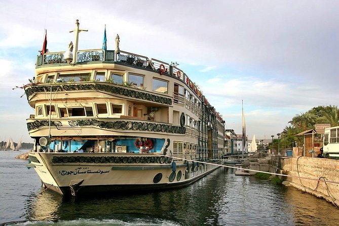 Classic Egypt Tour; Nile Cruise & Cairo