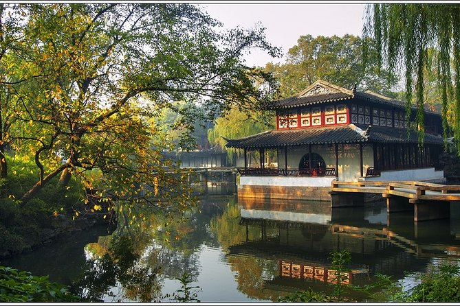 Private Full-Day Tour of Suzhou from Wuxi with Lunch
