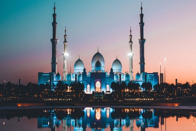 Full-Day Private Guided Tour to Abu Dhabi
