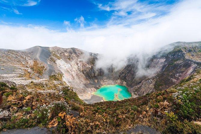 Excursión privada VIP: Lugares más destacados de la ciudad de Cartago, Parque Nacional Volcán Irazú y Orosi