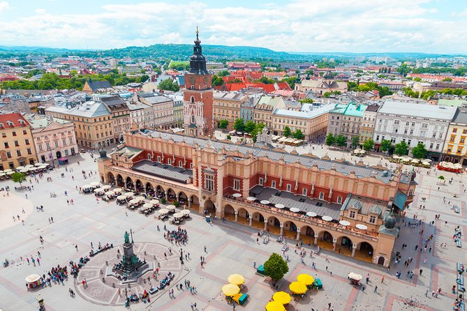 Private 7-Day Krakow and Szczawnica Tour with Airport Pickup