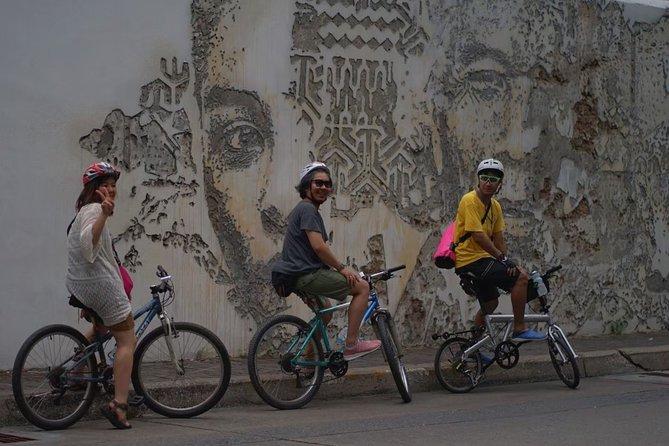 Day Biking Tour to Koh Rattanakosin from Bangkok