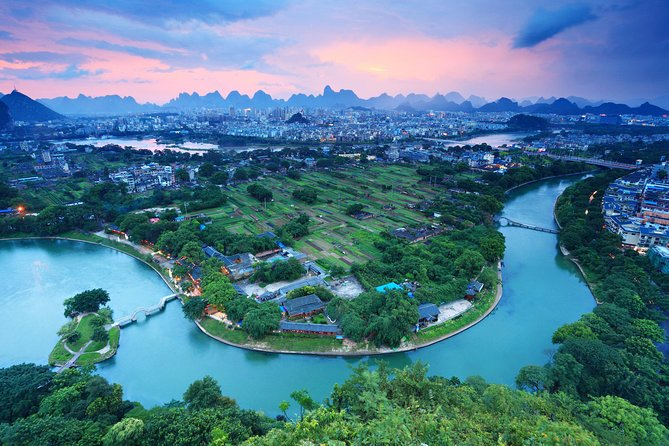 Private Transfer (English-speaking) Between Guilin Hotels & Yangshuo from Guilin