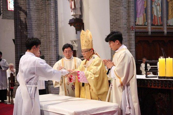 Seoul Myeongdong Catholic Church Historic Private Walking Tour