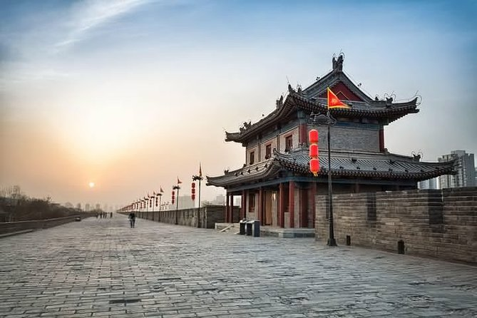 Full-Day Private Guided Sightseeing Tour of Xi'an with Lunch