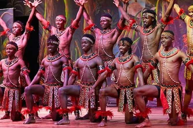 Private Safari Park Hotel Dining Experience with Cultural Show