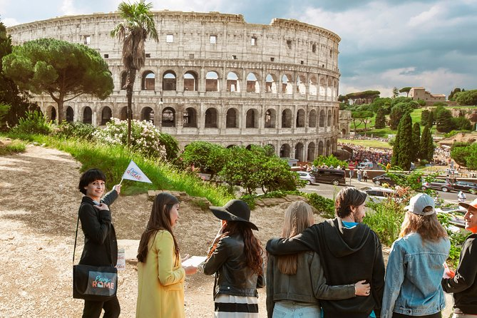 Fast Track Colosseum, Forum & Palatine Hill Semi-private tour with Arena Floor