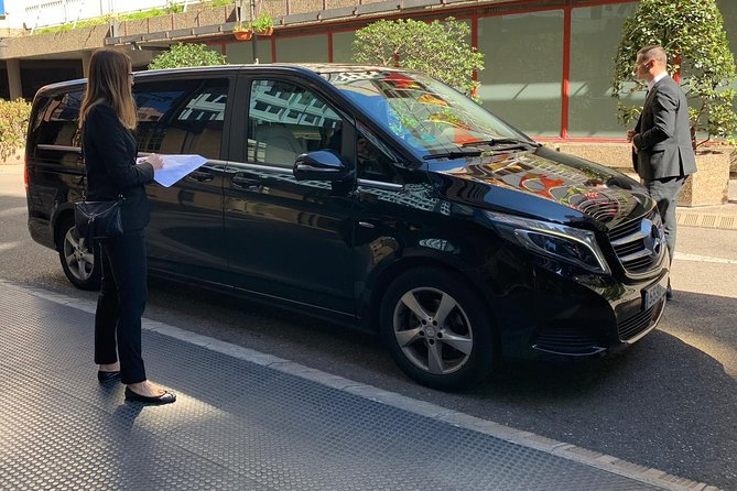Private Transfer Barra da Tijuca to Rio SDU Airport Luxury Van