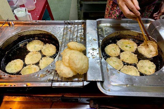 Hue Walking Food Tour   Savor 5 Hue Local Food in the evening