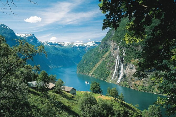 Private Full Day Trip To Geirangerfjord From Ålesund