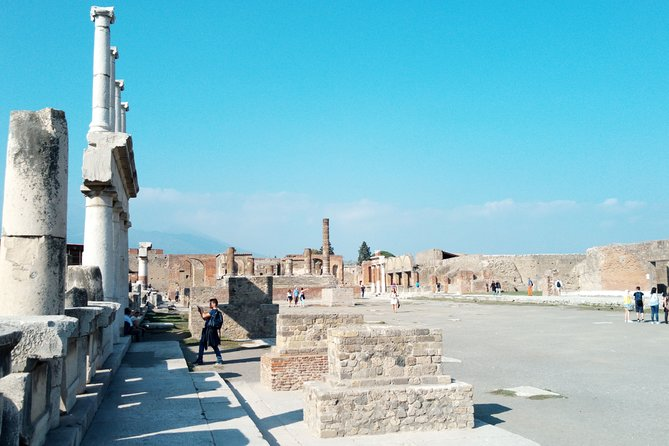 Sorrento and Pompeii tour from Rome SkipTheLine Tickets included