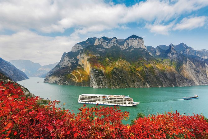 13-Day Private Tour to Shanghai,Yangtze River,Chongqing,Xi'an,Beijing and Guilin