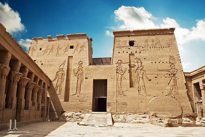 Amazing luxor and Aswan Nile cruise with tours & Abu Simbel