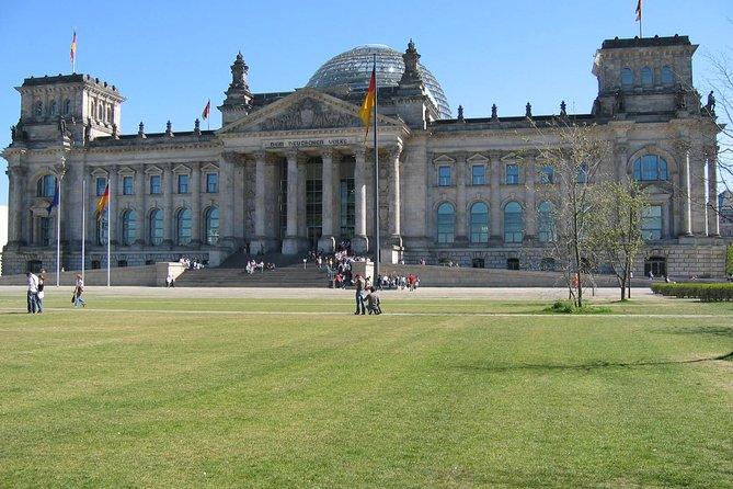 Tours & Sightseeing in English of Berlin, Potsdam and Sachsenhausen
