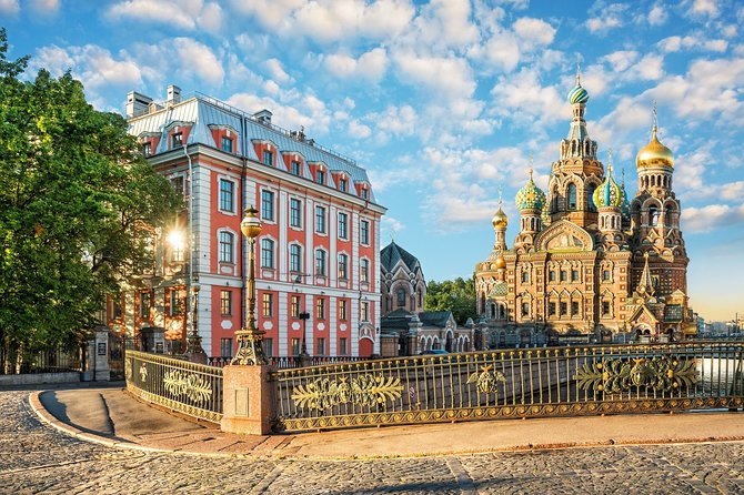 St Petersburg City Tour with Cathedrals and Hermitage