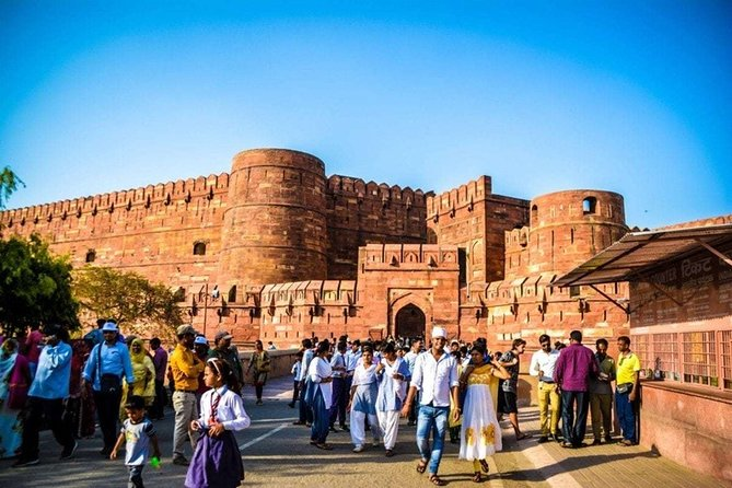 Overnight tour to Agra with private transfers from Delhi