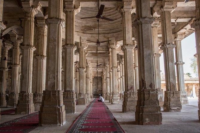 Gujarat Archaeological & Natural Wonders