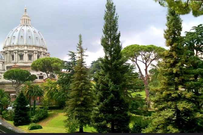 Half-Day Trip from Rome: Pope's Summer Residence and Barberini Gardens Tour