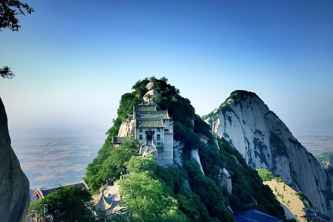 Huashan Mountain Private One Day Excurtsion Tour from Xian including Lunch