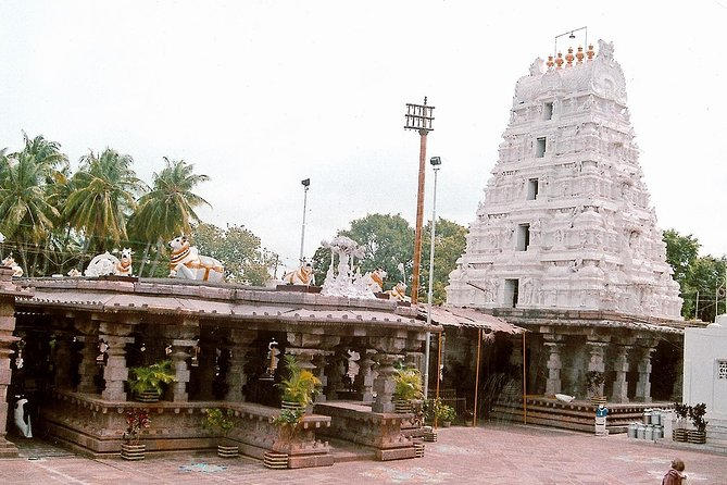 Hyderabad to Mallikarjuna Temple 2 Day Trip