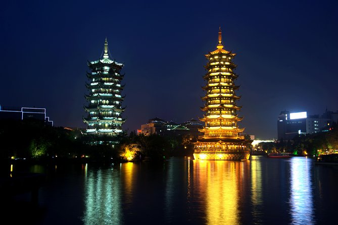 Evening River Cruise in Guilin