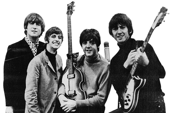 Liverpool the Beatles Legend Fab Four and Manchester City 2 Days Private Tour