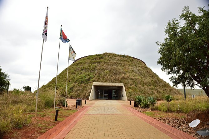 Explore the Cradle of Humankind