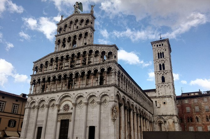 Visit Pisa & Lucca from Florence with a Local Guide